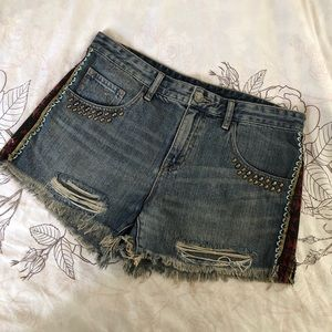 Urban Outfitters mid rise cutoff shorts - size 30